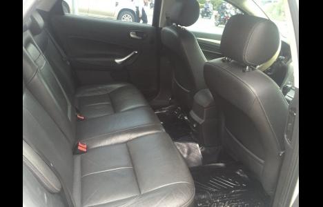 Xe Ford Mondeo 2012 Màu Trắng